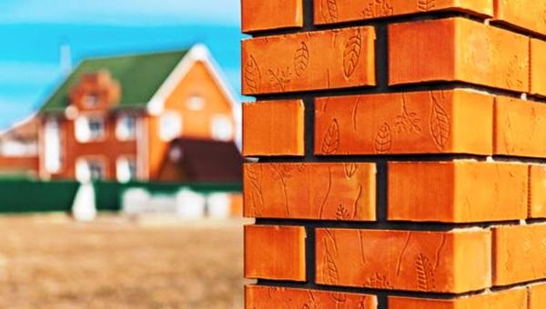 Кирпичный дом: выбираем оптимальный метод кладки